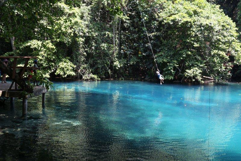 Vanuatu blue holes