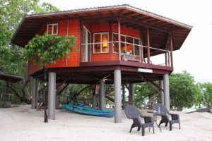 resort accommodation espiritu santo